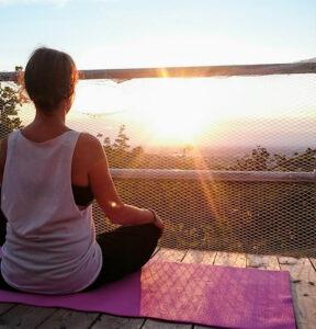 Virginie Dardenne : Yoga Time sur le Mont Royal - Montréal Canada